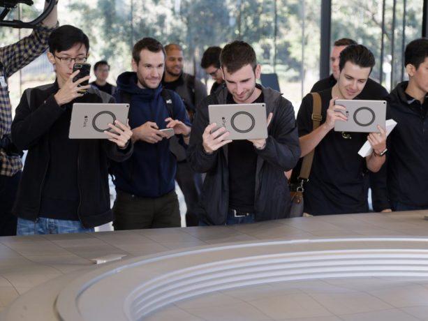 Apple-employee-perks