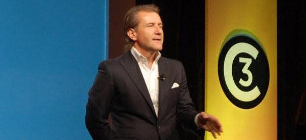 1401321423-robert-herjavec-entrepreneurial-success-great-salespeople-sartorial-choice