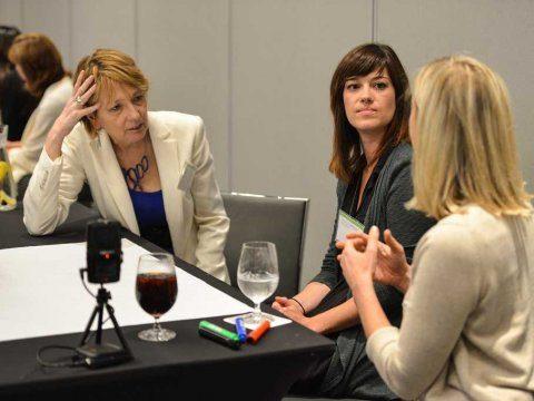 Speaking mistakes presentation business meeting 3