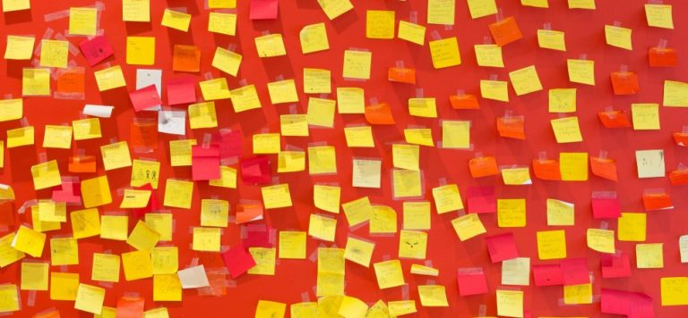 Post-it-notes-wall)_1940x900_33834